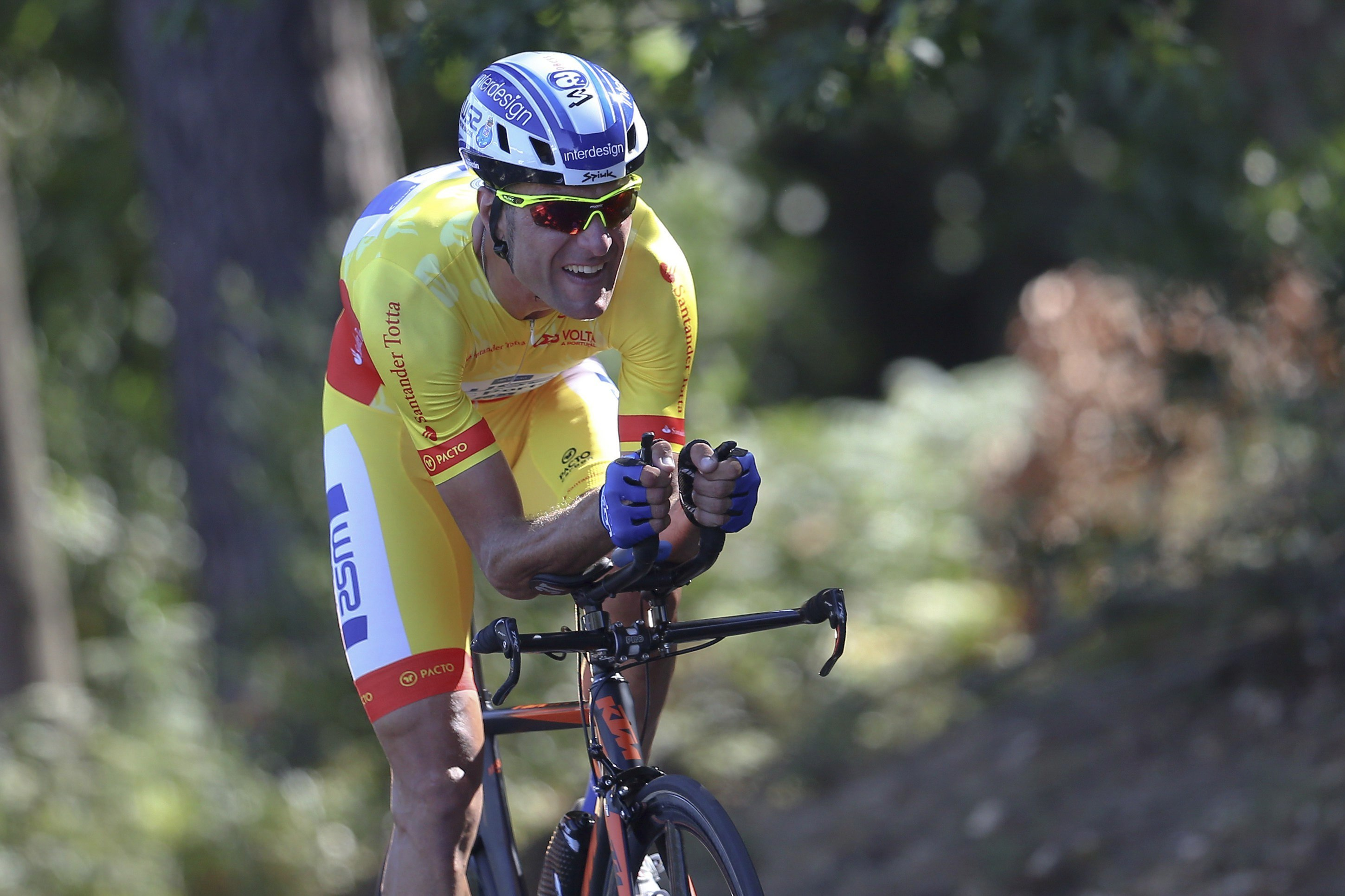 Raúl Alarcón volverá a sentirse ciclista tras la caída del pasado 4 de febrero