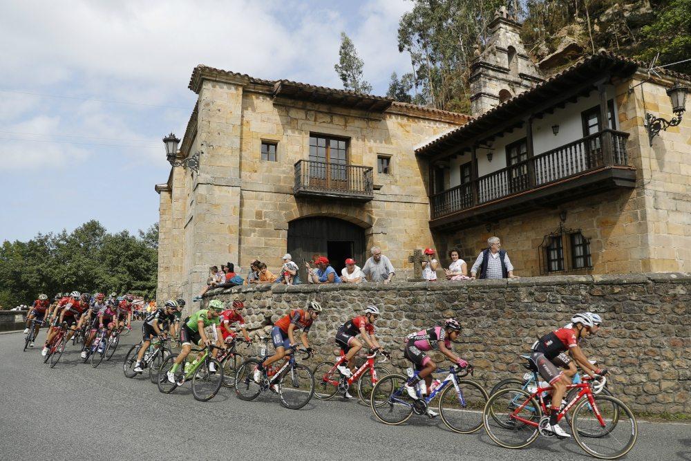 La Vuelta atravesará 11 Comunidades Autónomas (Foto: Luis Ángel Gómez)