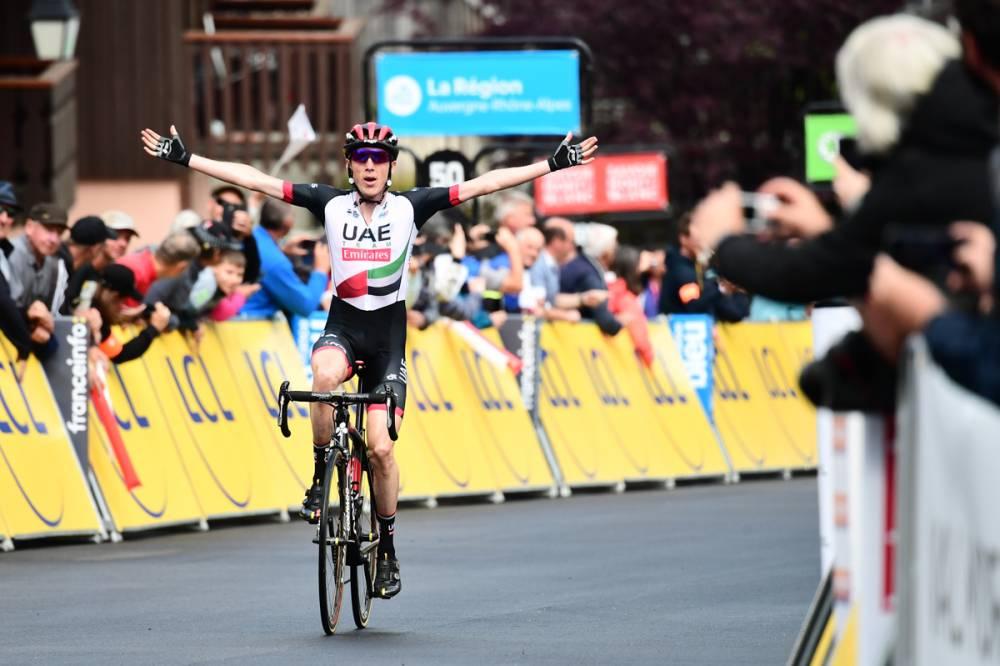 Dan Martindel Emirates ganó la quinta etapa del Dauphiné, entre Grenoble y Valmorel, de 130,5 kilómetros, por delante del británico Geraint Thomas, que es el nuevo maillot amarillo. (Foto: Critérium du Dauphiné)