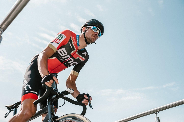 Con la llegada del Tour de Francia, comienzan a confirmarse los primeros movimientos y fichajes del pelotón internacional.