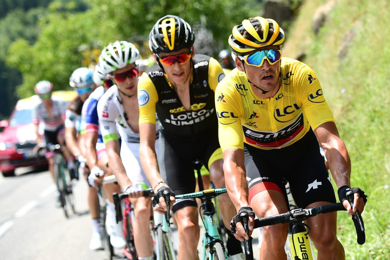 Greg Van Avermaet se mostró muy contento por haber mantenido el maillot amarillo en la primera etapa alpina, pero admitió que