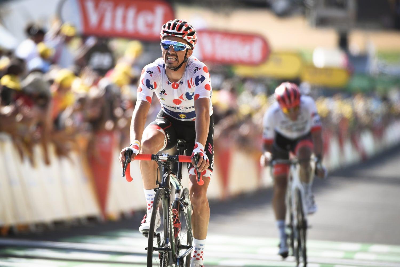 Julian Alaphilippe se ha impuesto en la decimosexta etapa del Tour de Francia en un final de etapa en solitario donde aprovechó la caída de Yates.