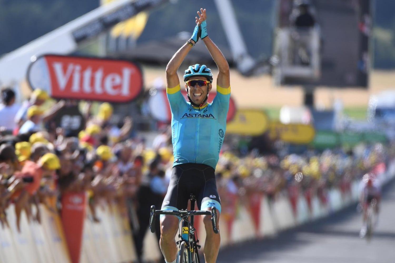 Omar Fraile ganó la etapa con final en Mende después de una ascensión donde consiguió pasar a Stuyven. Omar se mostró muy feliz tras conseguir la victoria.
