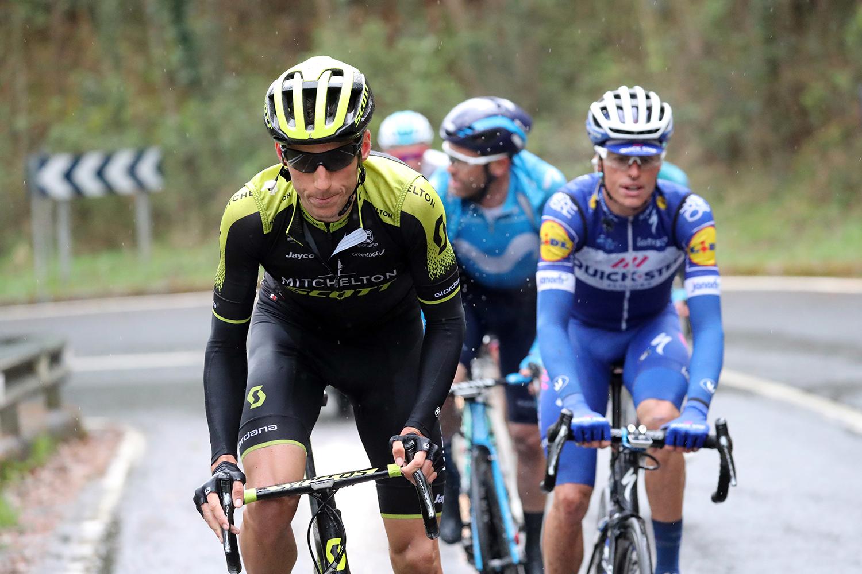 Vuelta al Pais Vasco 2018 - 58th Edition - 6th stage Eibar - Arrate 122.2 km - 07/04/2018 - Carlos Verona (ESP - Mitchelton - Scott) - photo Luis Angel Gomez/BettiniPhoto©2018