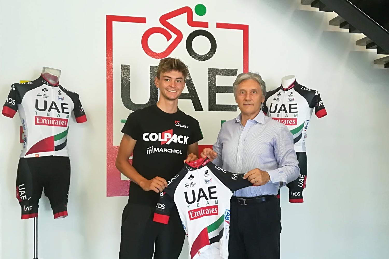 El ciclista italiano nuevo stagiaire del UAE (Fuente: UAE Emirates).