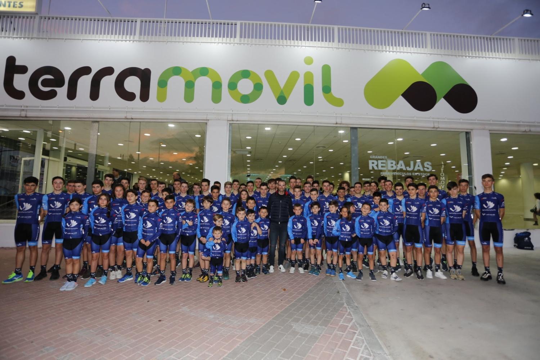 El equipo de Alejandro Valverde inicia su sexto proyecto