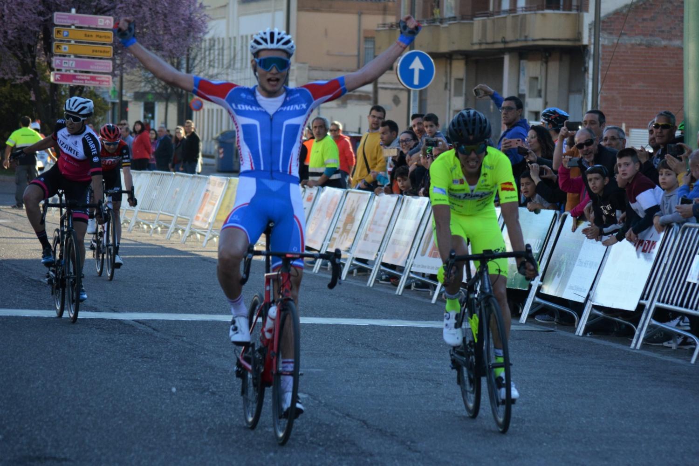 Lev Gonov vence al sprint el Trofeo Ayuntamiento de Zamora