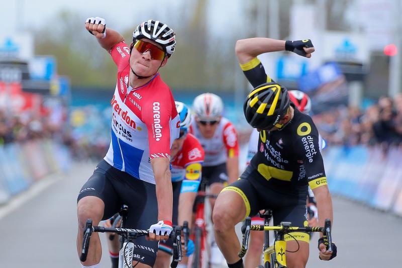 El holandés ganó su primera carrera World Tour.
