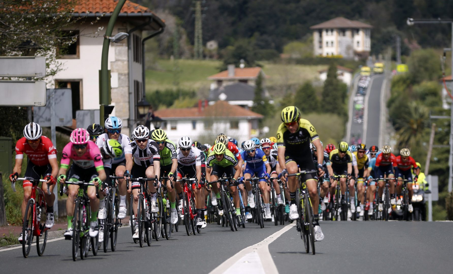McCarthy vence en la tercera etapa al sprint a un día de la crono. Alaphilippe continúa líder de la general. (Foto: EFE)