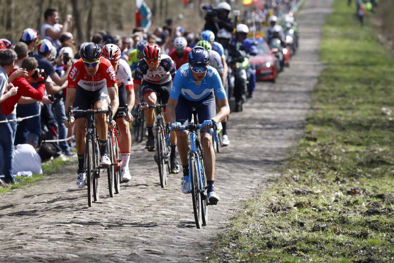 Marc Soler (Movistar Team) durante la pasada París Roubaix (Foto: Bettiniphoto).