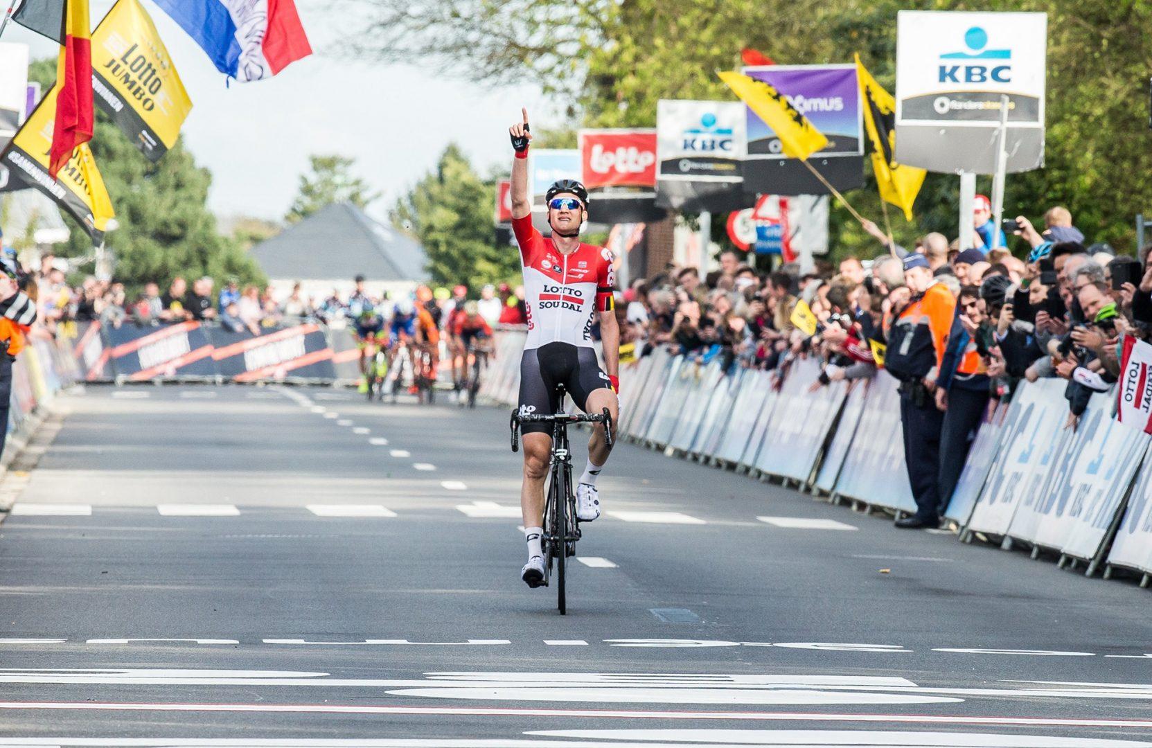 Tim Wellens, del equipo Lotto Soudal, se impuso en la 58 edición de la clásica ciclista Flecha Brananzona (Foto: EFE).