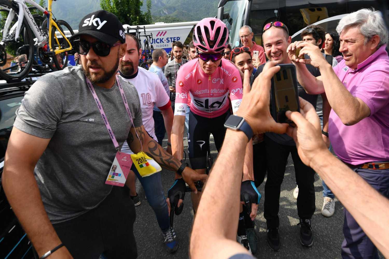 Chris Froome, que se aseguró este sábado llegar con la camiseta rosa de líder de la clasificación general a la última etapa del Giro de Italia, consideró que esta edición de la carrera transalpina