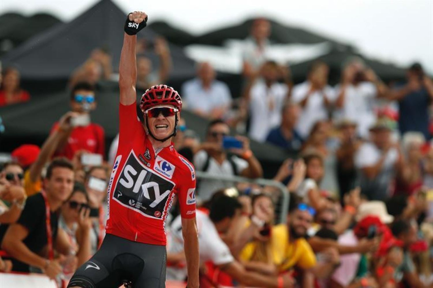 La UCI absuelve a Chris Froome