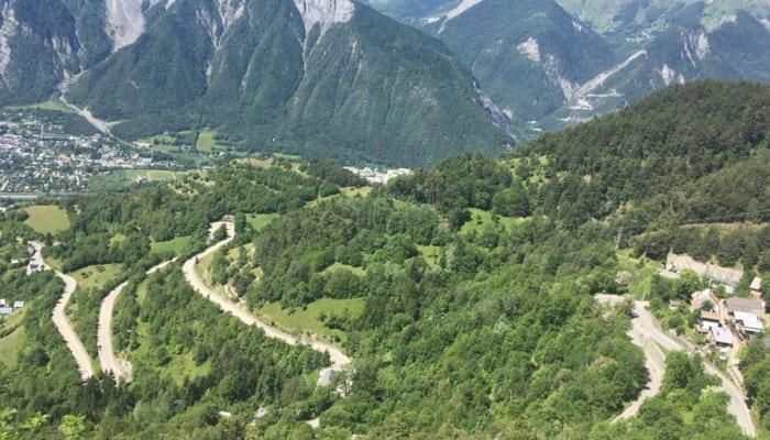Valle Blanco en la falda del Alpe d´Huez, meta de la 12ª etapa.