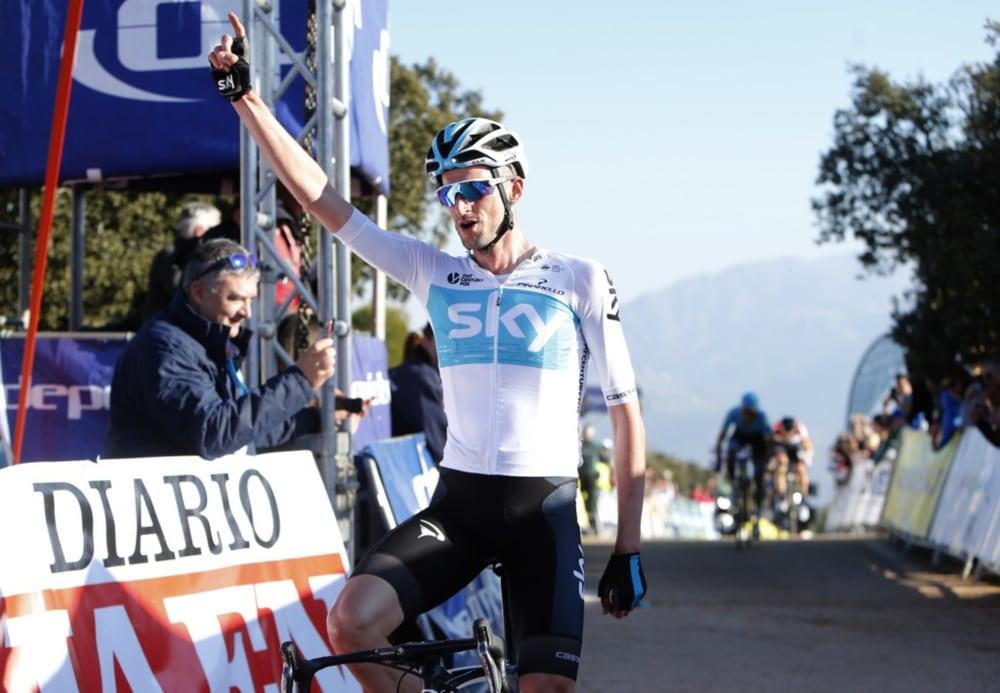 Wout Poels celebra la victoria en la segunda etapa de la Vuelta a Andalucía 2018 (Foto: Vuelta a Andalucía).