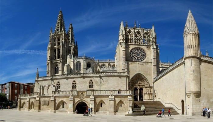 La Catedral de Burgos, punto de salida de la Vuelta a España 2021.