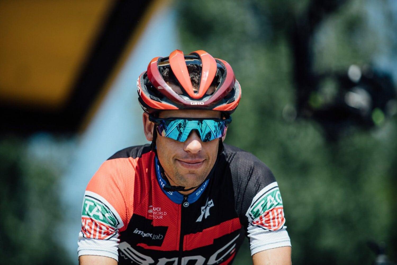 Richie Porte abandona el Tour de Francia tras una dura caída en la novena etapa de la vuelta gala. Uno de los favoritos dice adiós en la etapa del pavé.