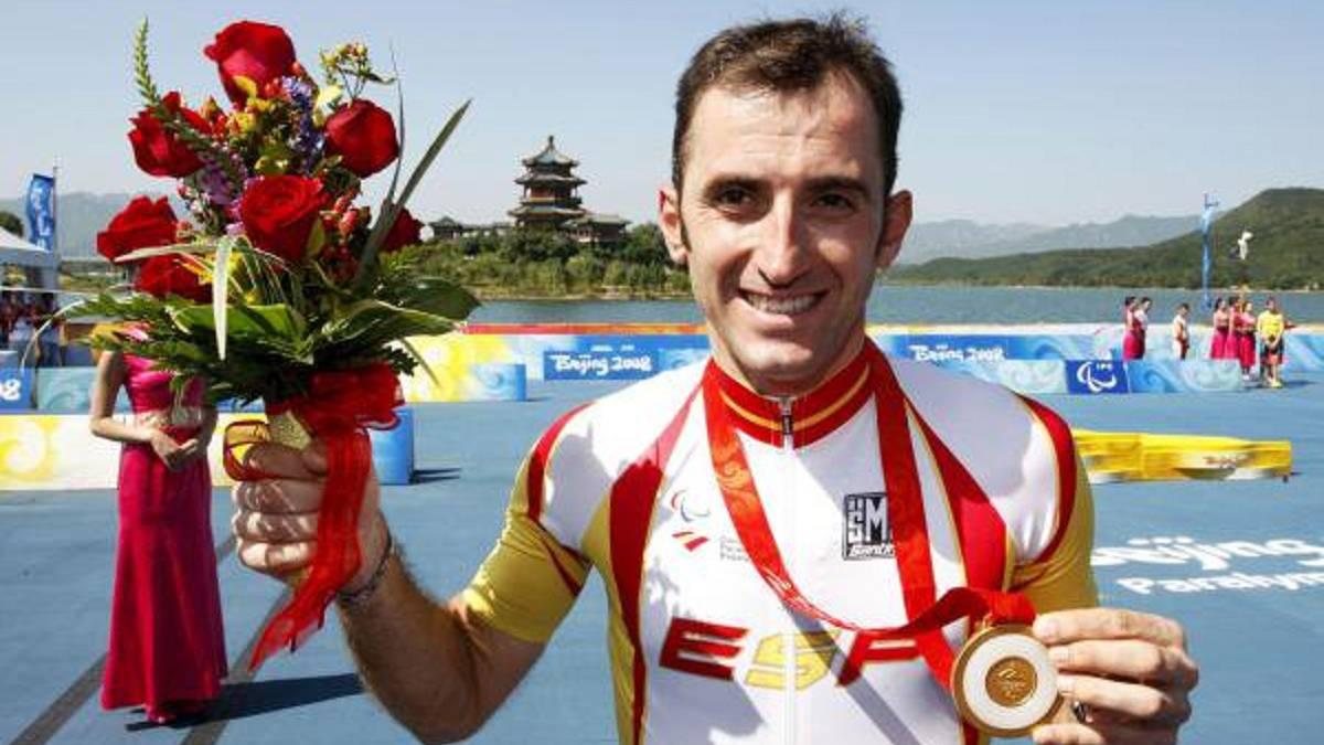 Javier Otxoa fue doble medallista paralímpico en Pekín 2008 y Atenas 2004.
