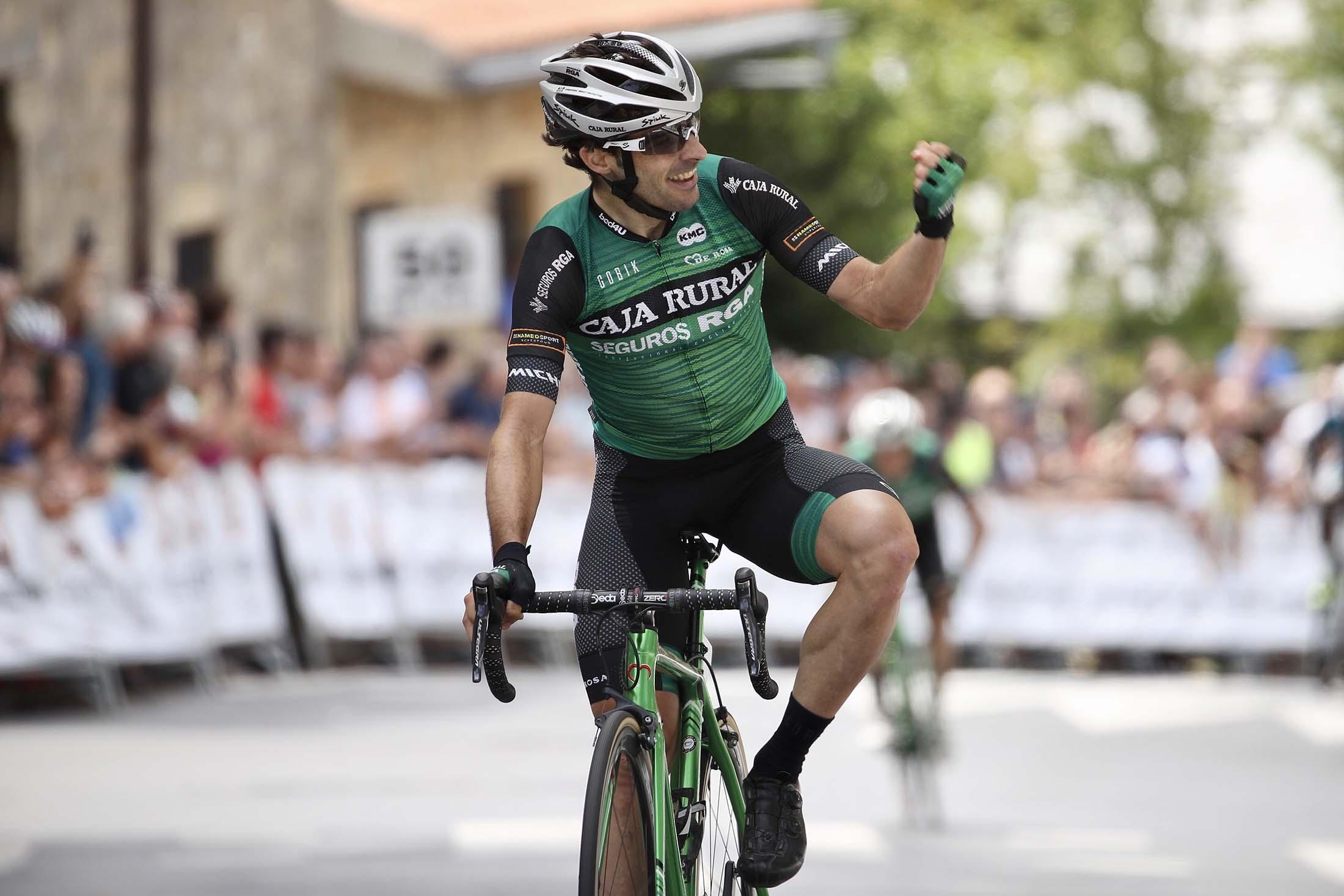 Jon Aberasturi conquista el Circuito de Getxo 2019.