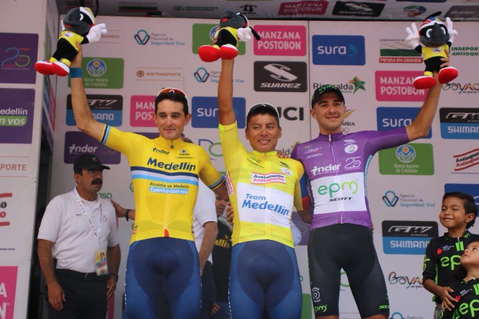 Óscar Sevilla, Jonathan Caicedo y Juan Pablo Suárez, podium final de la Vuelta a Colombia.