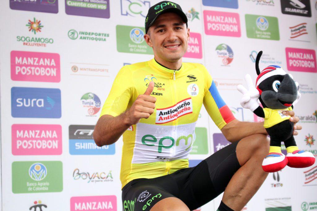 Juan Pablo Suárez entró en segundo lugar en la tercera etapa de la Vuelta a Colombia y se hizo con el maillot de líder (Foto: Federación Colombiana de Ciclismo).
