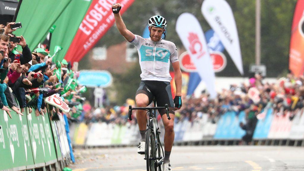 El británico entró en meta en solitario (Foto: Tour de Gran Bretaña).