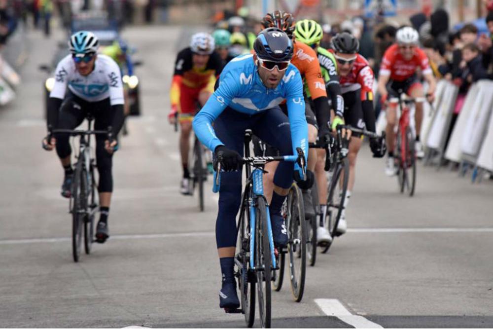 Alejandro Valverde ganó la segunda etapa de la Vuelta a la Comunidad Valenciana 2018 y se coloca como líder (Foto: EFE).