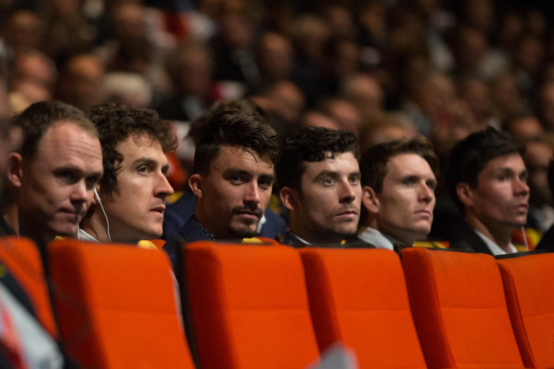 Chris Froome, Geraint Thomas, Julian Alaphilippe y Pierre Latour durante el acto de presentación del Tour de Francia 2019 (Foto: ASO).