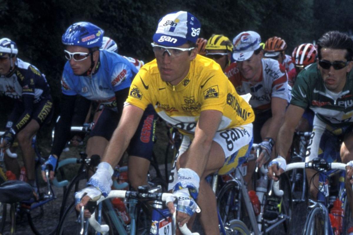 Stéphane Heulot vistiendo el malliot amarillo de líder del Tour de Francia 1996.
