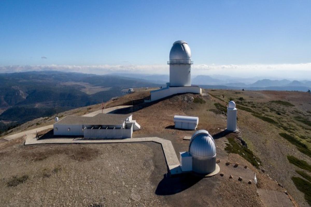 El Observatorio Astrofísico de Javalambre, situado en lo alto del Pico del Buitre, será una de las ascensiones en la Vuelta 2019.