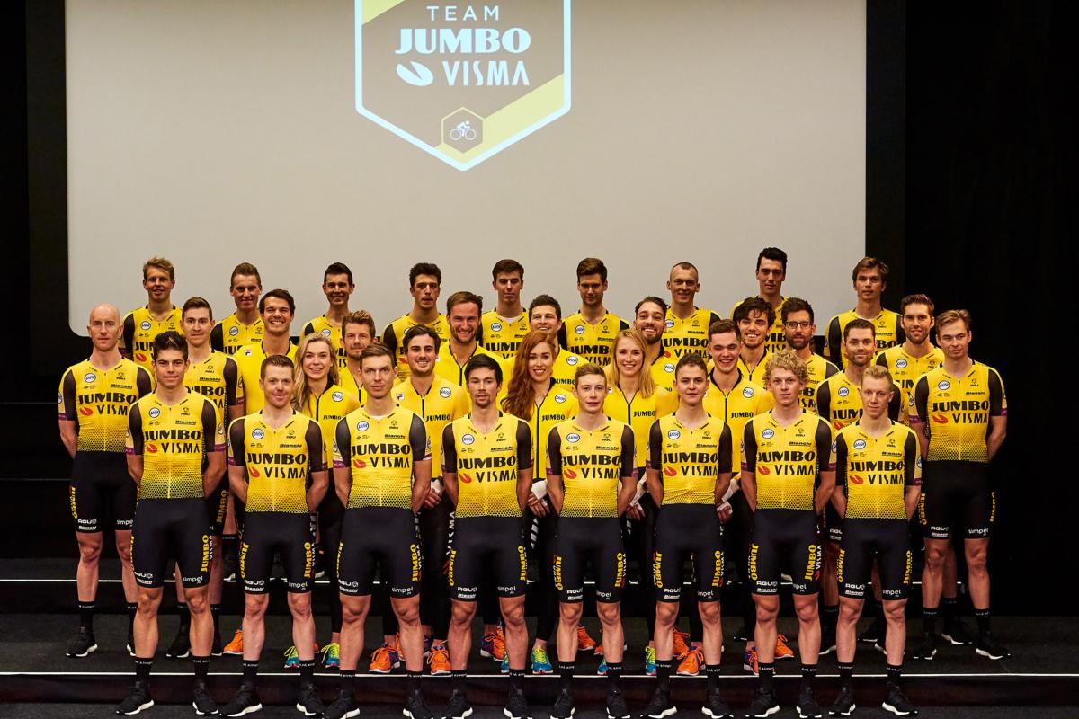 El equipo Jumbo-Visma fue presentado en la sede del equipo, en Veghel. Roglic, Kruijswijk y Van Aert son las cabezas visibles del equipo holandés de cara al 2019.
