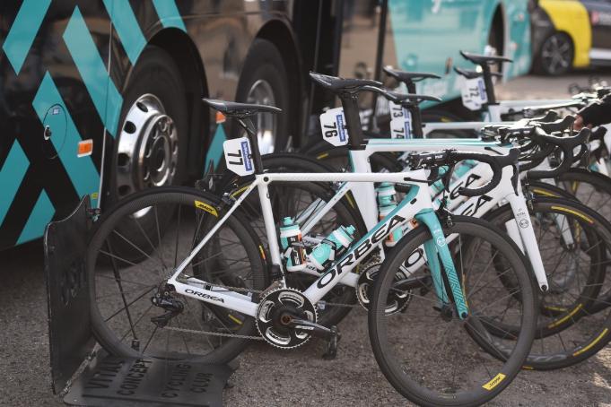 El Vital Concept denunció el robo de una docena de bicicletas en la Vuelta a Andalucía 2019 (Foto: Vital Concept).