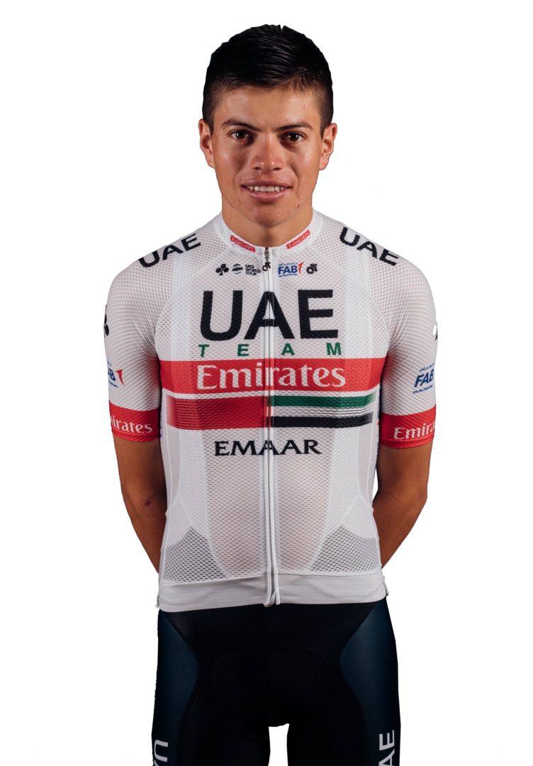 proporcionar un montón de ropa deportiva de alto rendimiento tecnicas modernas Cristian Camilo Muñoz, ciclista colombiano del UAE Emirates