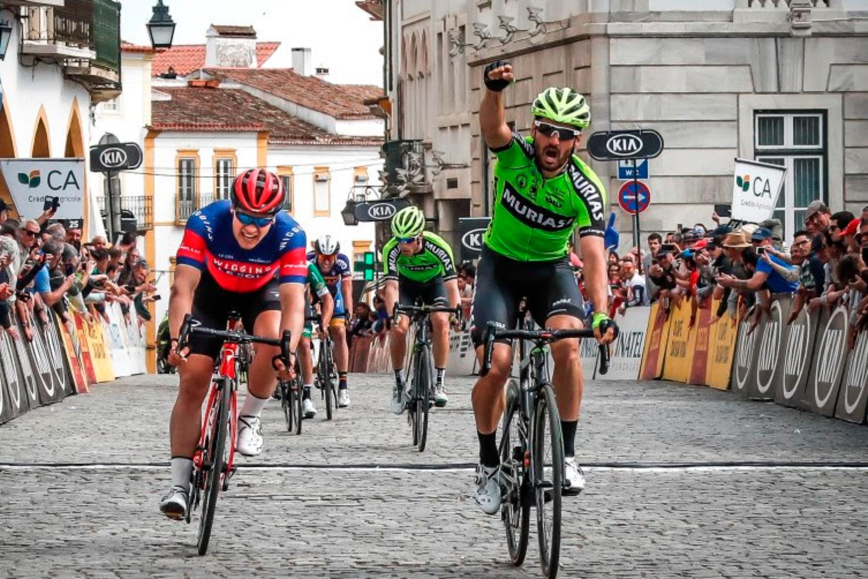 El español del Euskadi Murias, Enrique Sanz, se impuso al sprint en la última etapa de la Volta ao Altenjo.