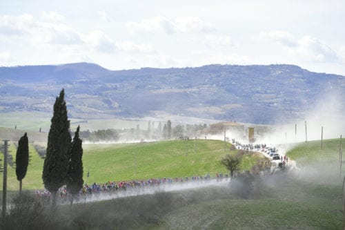 Panorámica pelotón Strade Bianche 2019