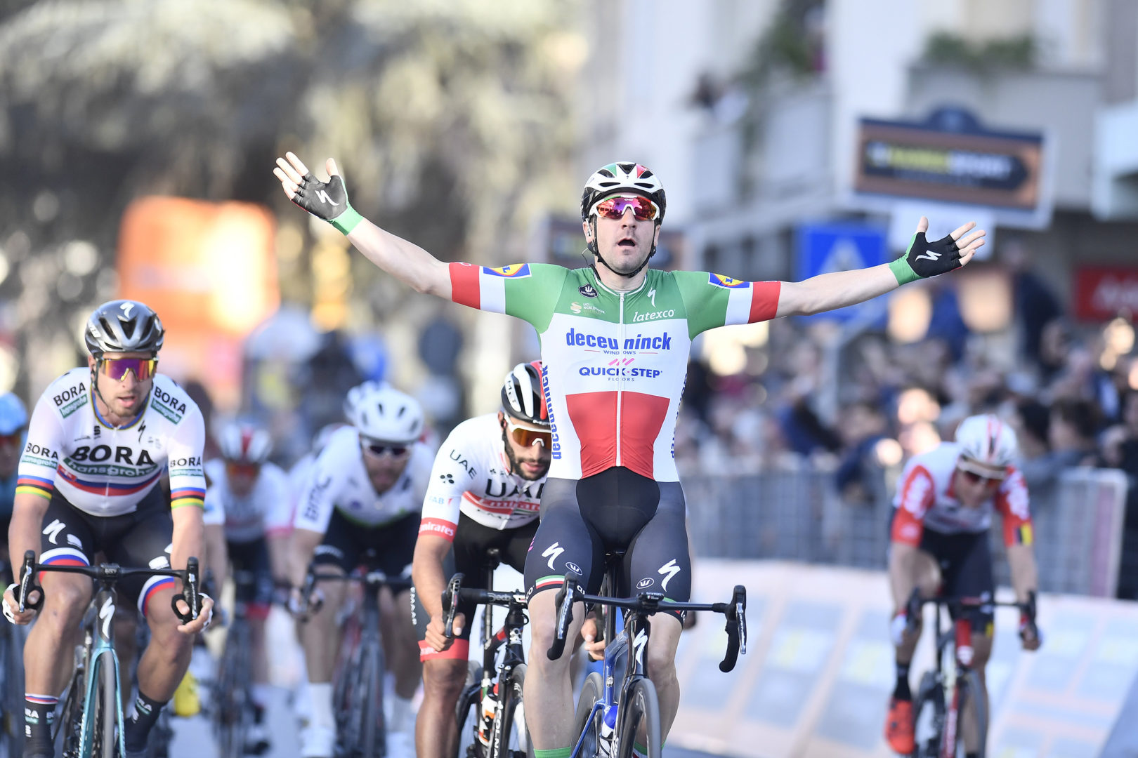 Foto LaPresse/Fabio Ferrari 15/03/2019 Pomarance (Italia) Sport Ciclismo Tirreno-Adriatico 2019 - edizione 54 - da Pomarance a Foligno  (226 km) Nella foto: durante la gara.Photo LaPresse/Fabio Ferrari March 15, 2018 Pomarance (Italy) Sport Cycling Tirreno-Adriatico 2019 - edition 54 - Pomarance to Foligno (140 miglia) In the pic: during the race.