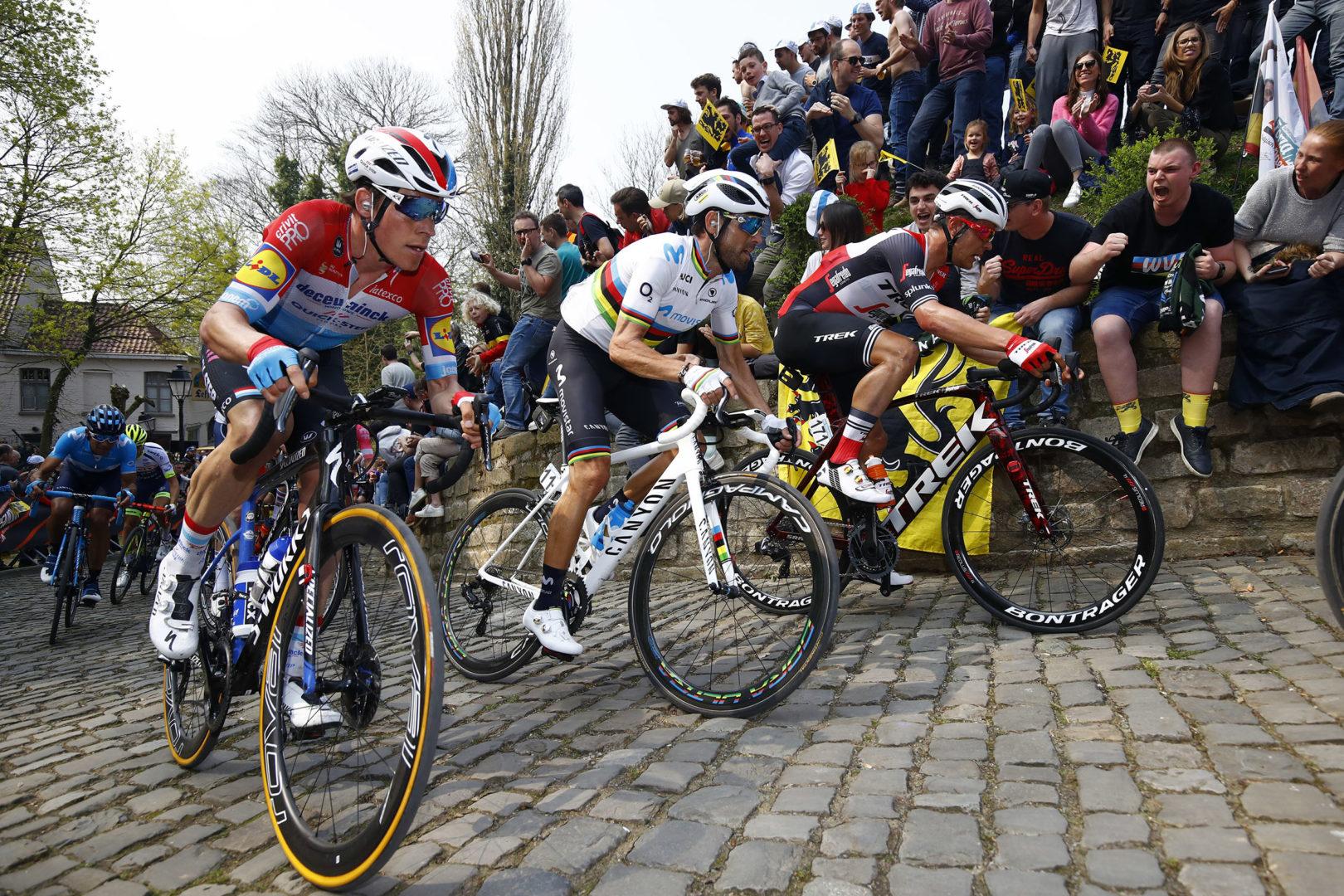 Giro delle Fiandre 2019 - Tour des Flandres  - Ronde van Vlaanderen - Antwerp - Oudenaarde 270 km - 07/04/2019 Grammont - Alejandro Valverde (ESP - Movistar Team) - Bob Jungels (LUX - Deceuninck - Quick Step) - Jasper Stuyven (BEL- Trek - Segafredo) - photo Luca Bettini/BettiniPhoto©2018