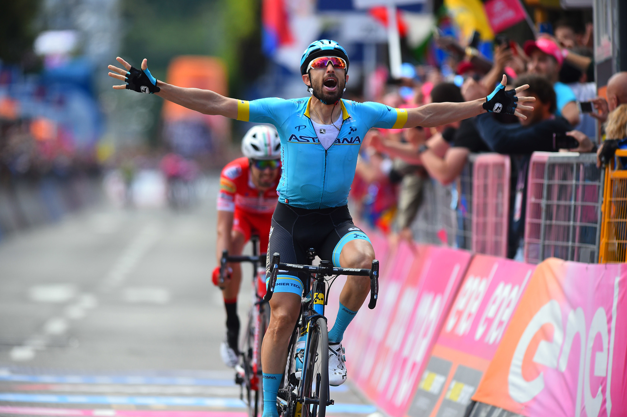 Giro d'Italia 2019 - 102nd Edition - 15th stage Ivrea - Como 232 km - 26/05/2019 - Dario Cataldo (ITA - Astana Pro Team) - photo Dario Belingheri/BettiniPhoto©2019