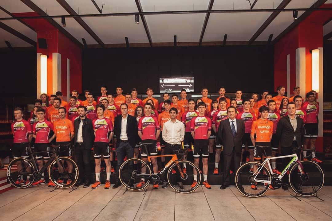 Foto de familia de la Fundación - Orbea 2020.
