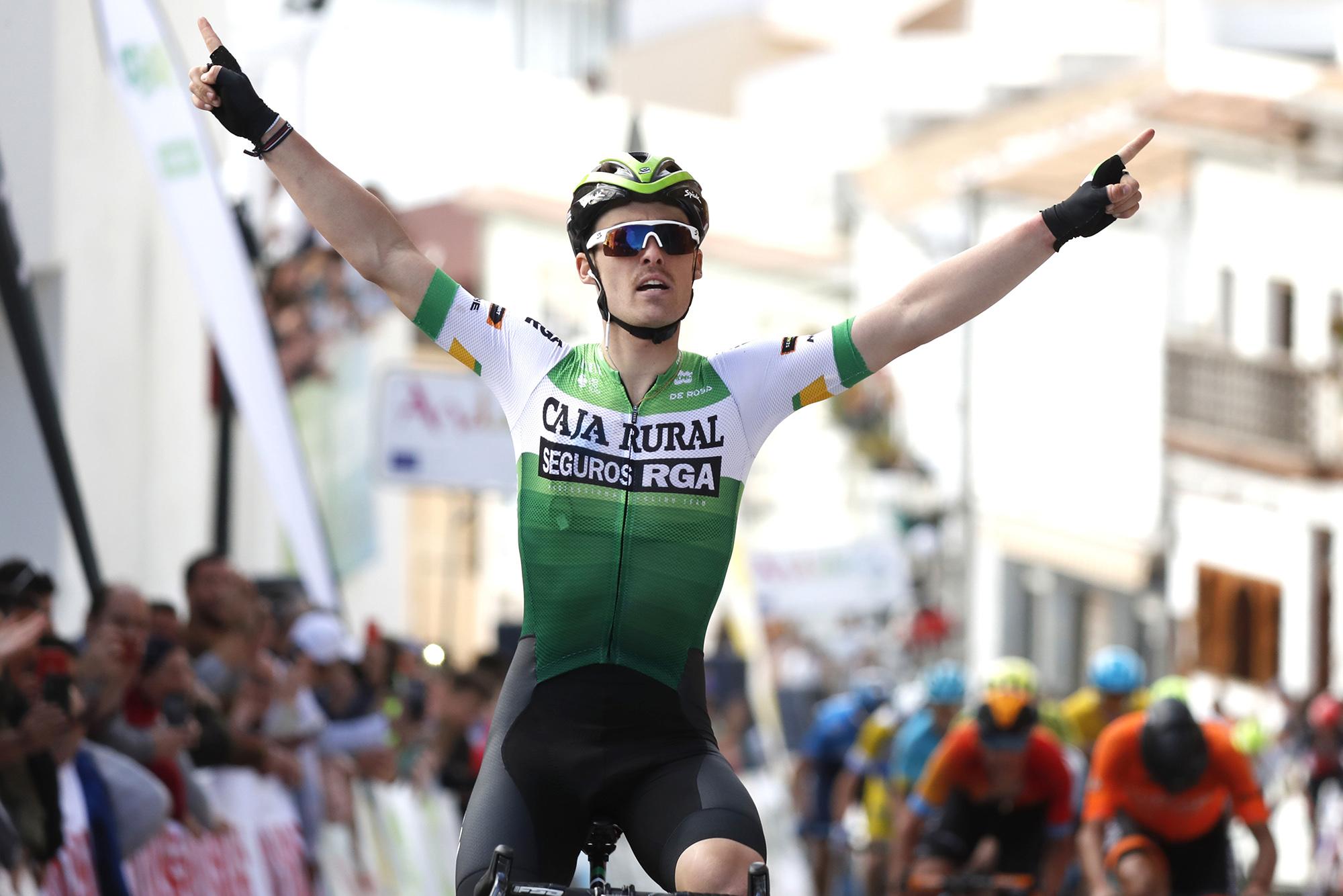 Fichajes de ciclistas españoles para la temporada 2021