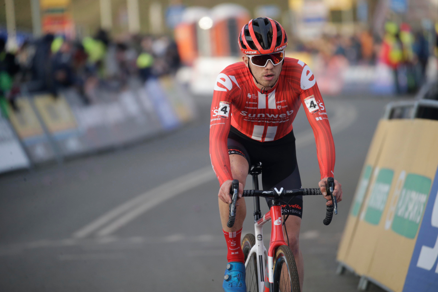 Hoogerheide - Netherlands  - wielrennen - cycling - radsport - cyclisme - Joris Nieuwenhuis (Netherlands / Team Sunweb) pictured during the ninth leg of the menÕs elite UCI cyclo-cross World Cup 2020 cross, on January 26, 2020 in Hoogerheide, the Netherlands - photo Anton Vos/Cor Vos © 2020