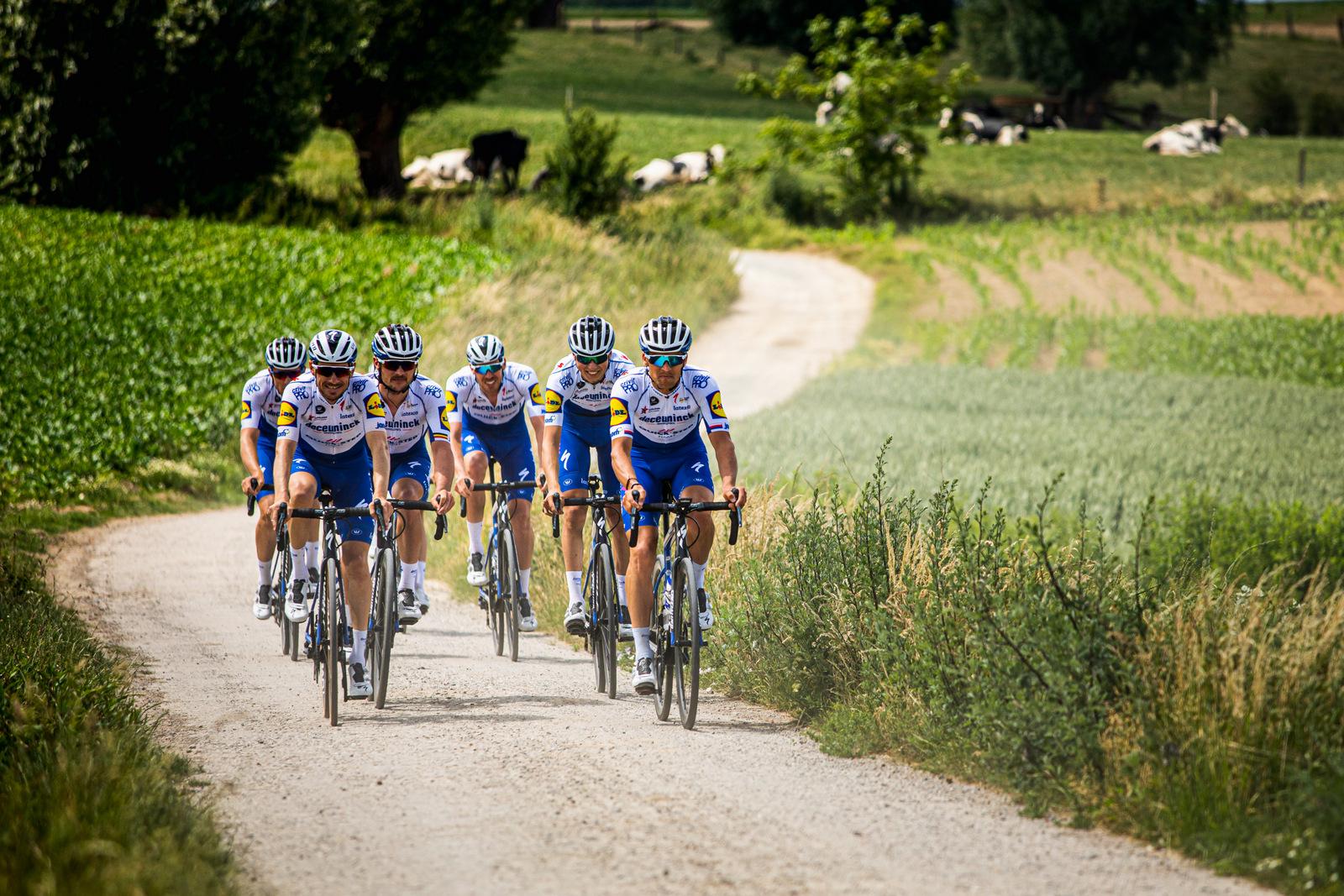 El Deceuninck Quick Step se entrena en Bélgica (Wout Beel).