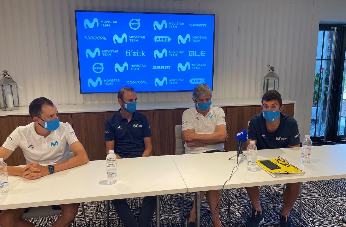Enric Mas, Alejandro Valverde, Marc Soler y Eusebio Unzué, ne la rueda de prensa previa al inicio del Tour 2020.