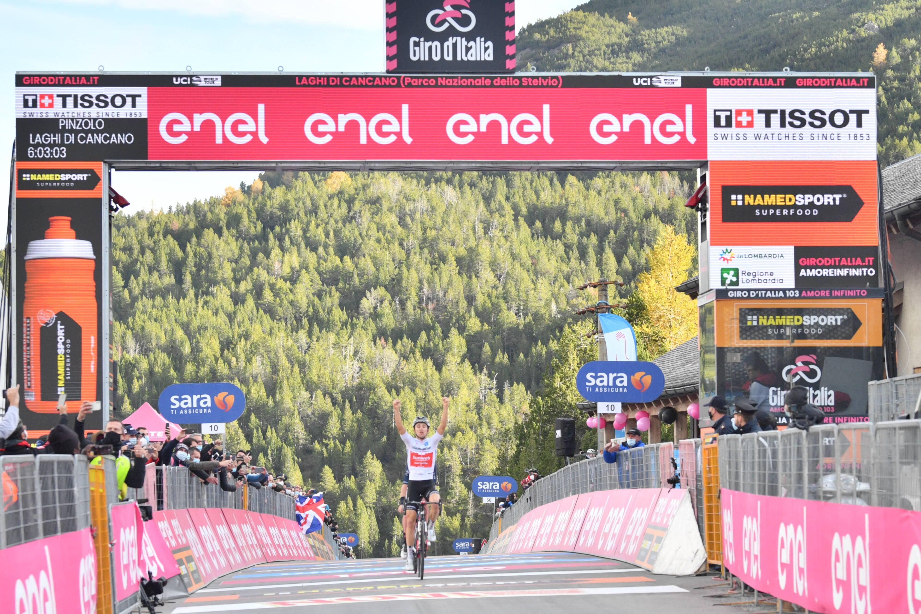 Jai Hindley ganó la decimoctava etapa del Giro de Italia 2020 (LaPresse).