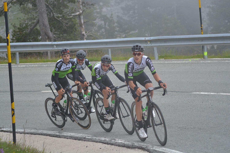 El Equipo Kern Pharma salta a la categoría ProContinental con 20 ciclistas