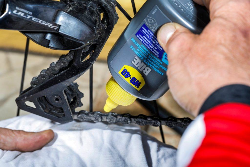 Lubricante de cadenas para ambiente húmedo WD-40 BIKE