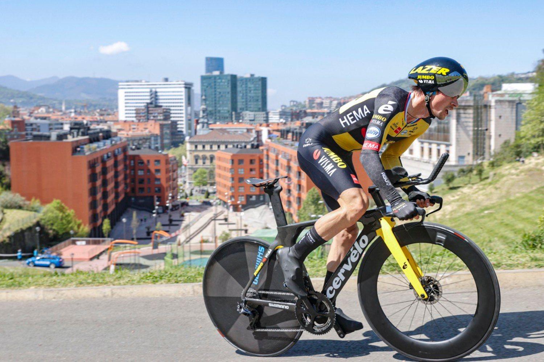 Primoz Roglic ganó la primera etapa de la Vuelta al País Vasco 2021.