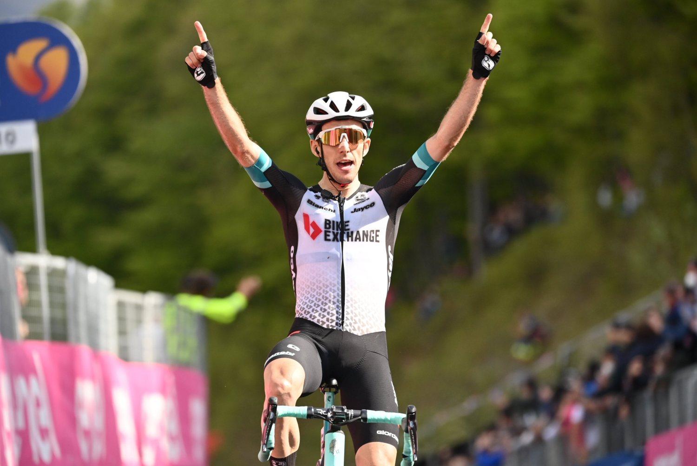 Simon Yates ganó la etapa 19 del Giro de Italia 2021 (LaPresse).