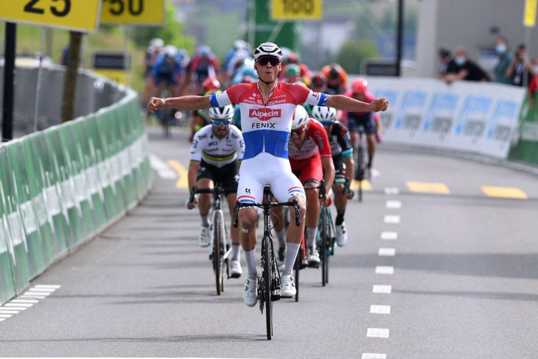 Mathieu Van der Poel ganó la tercera etapa del Tour de Suiza 2021 (Getty Images).