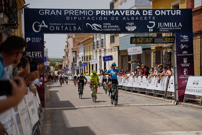 David Martín ganó el GP Primavera de Ontur 2021 (Club Ciclista Onturense).